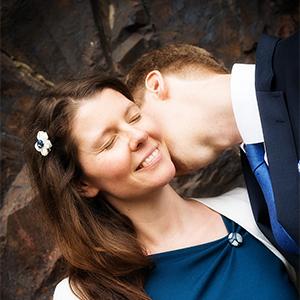 Hochzeit, Paar, Heirat, Foto, Fotoshooting, Shooting, romantisch, verliebt, Romantik, heiraten, wedding, ja, schönster tag, Natur, Glück, glücklich, klassisch, gefühlsvoll, exklusiv, extravagant, frech, lässig, lustig, Hochzeitsfotos, Hochzeitsfotografien, emotional, gefühlsbeton, Momente, Tag, elegant, Liebe, Kleid, Brautkleid, Braut, Bräutigam, Brautpaar, Fotos, Fotografien, Fotograf, Fotostudio, schön, modern, Hochzeitsfotografin, Diez, Limburg, Hahnstätten, Holzheim, Gefühle, Emotionen, outdoor, draußen, location, 2016, Schloss, Grafenschloss, Standesamt, Kuss